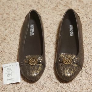 Brand new Michael Kors shoes size 5